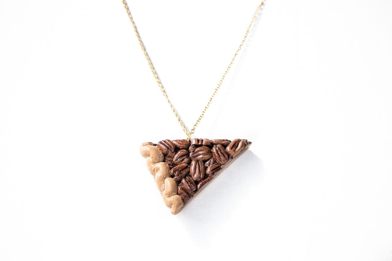Pecan Pie (necklace)