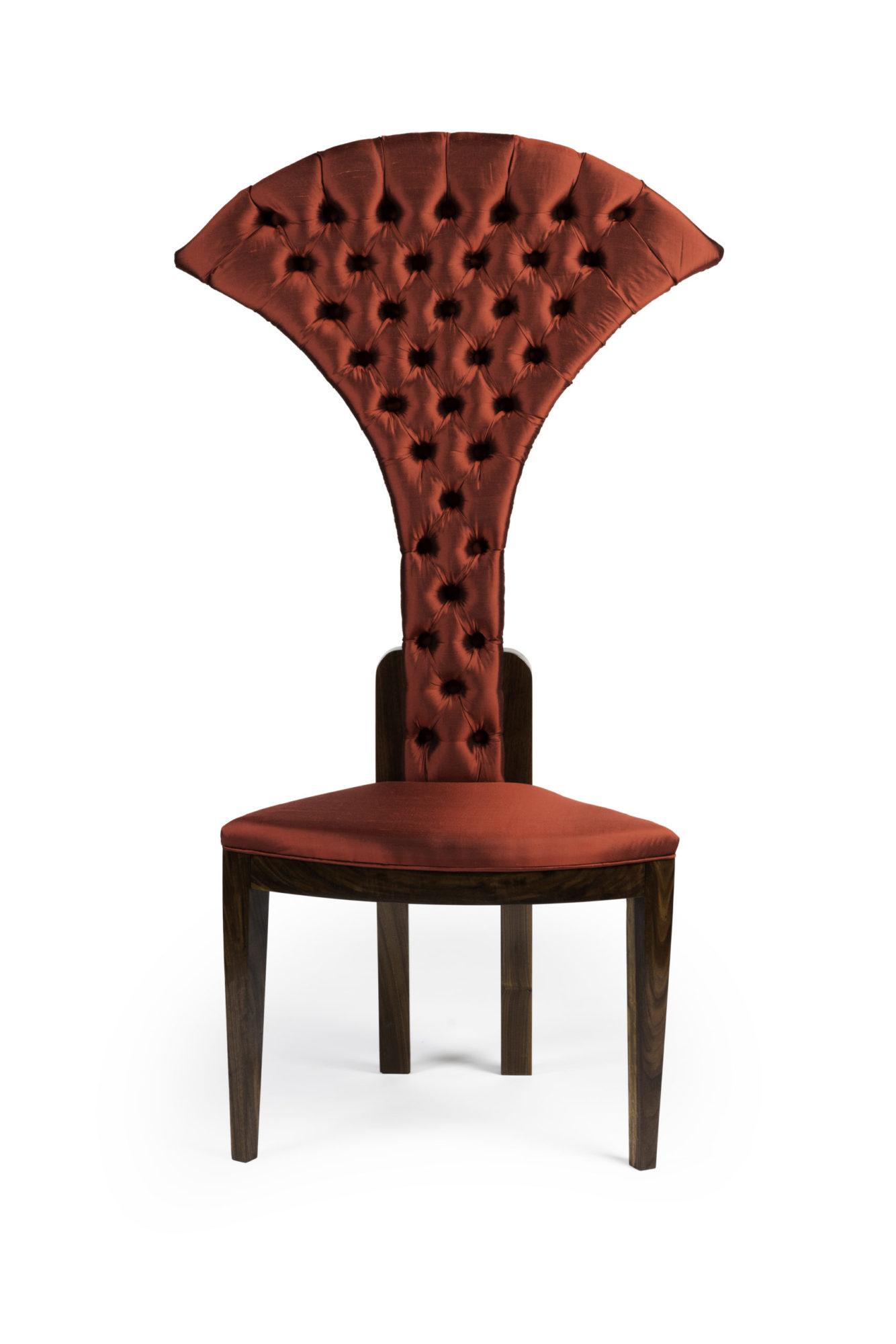Red Diamonds – Collar Chair